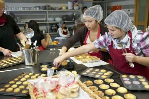 SchüFi: Schüler kochen Essen für Schüler Schule Sankt Pauli, Hamburg, 24.11.2011 Foto: Sonja Brüggemann 0162.6256115 www.sonjabrueggemann.de